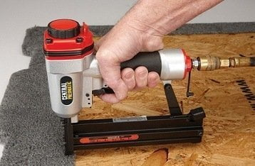 best pneumatic staple gun