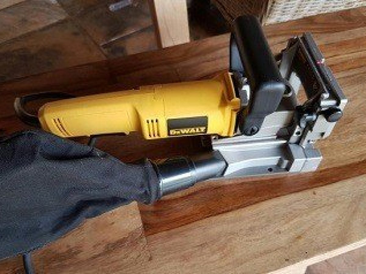 7 Best Biscuit Joiners For Wood Joinery Biscuit Joiner Reviews