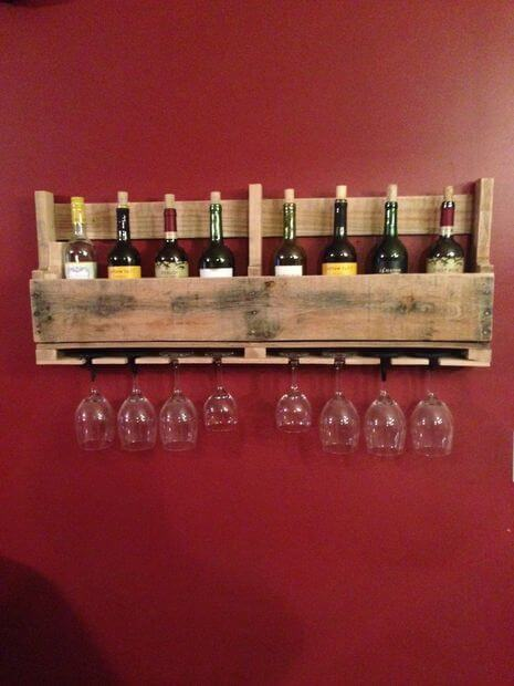 DIY Wine Rack from Pallets Guide