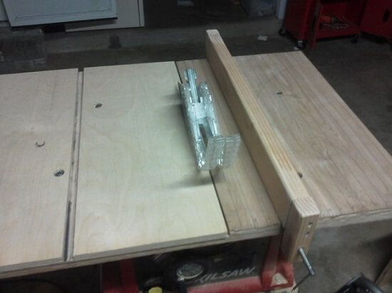 Super-Simple DIY Homemade Table Saw Fence Tutorial