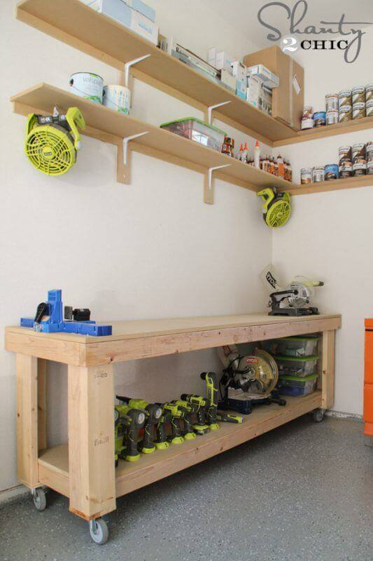 Ashley's DIY Rolling Workbench Plans