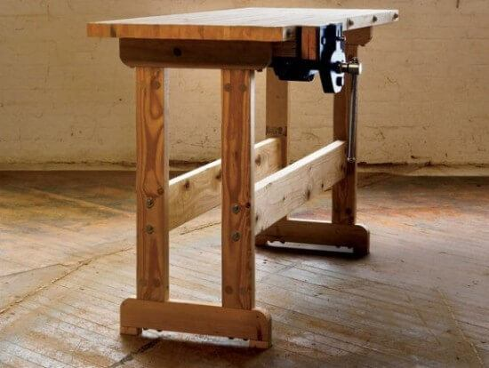 Simple but Cute DIY Workbench with Vice Plans