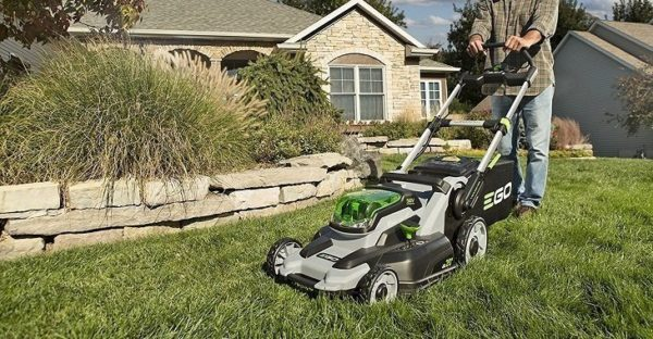Best Lawn Mower for Steep Hill