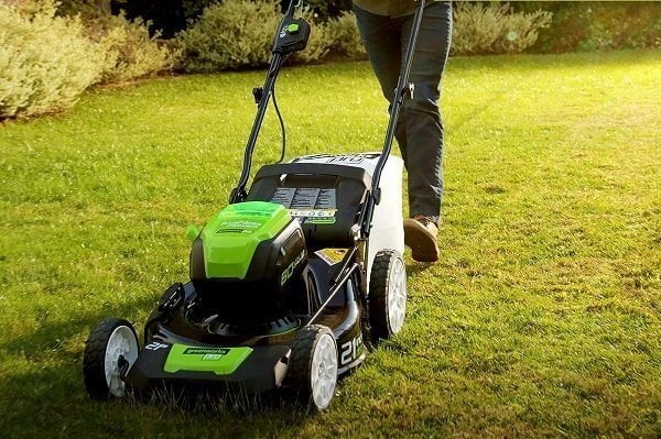 Handy Tips for Mowing on a Steep Hill