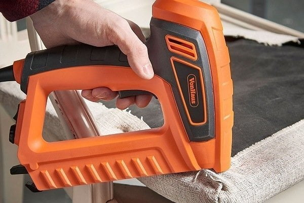 How to Buy the Best Electric Staple Gun