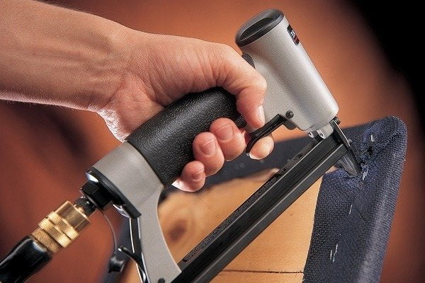 9 Best Staple Guns For Upholstery Reviews Amp Buying Guide