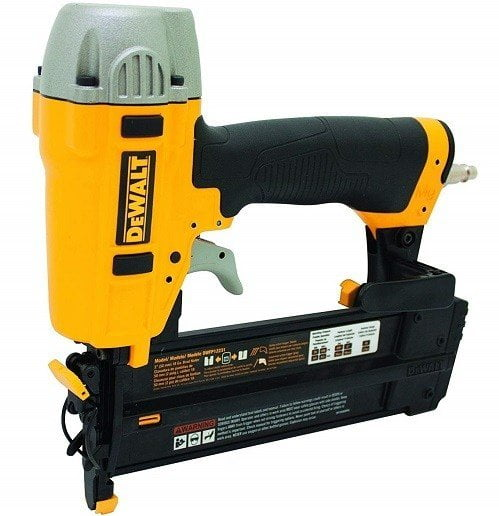 DeWalt DWFP12231 Pneumatic Brad Nailer Kit