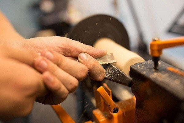 How to Buy the Best Small Wood Lathe