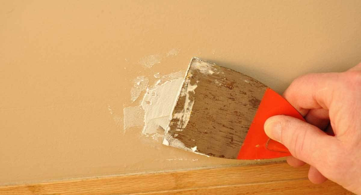 The Difference Between Spackle and Joint Compound Explained